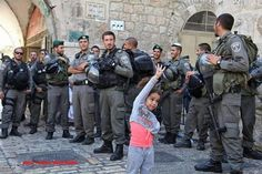 #R4bia yerim onu ben :) #Egypt طفلة فلسطينية تتحدى الكيان الصهيونى و أذنابه - رابعة رغم أنف صهاينة مصر و فسطين