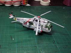 Oliver Bizer´s ETB (Easy To Build) Modell Sea King Paper Planes, Arts And Crafts, Paper Crafts, Paper Models, Helicopters, Aircraft, King, Sea, Projects
