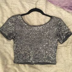 Silver Sequin Sparkly Crop Top Only worn once! Tops Crop Tops