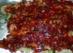 Ryba pieczona z czosnkiem w sosie pomidorowym - przepis ze Smaker.pl Chili, Soup, Beef, Meat, Chile, Chilis, Ox, Soup Appetizers, Ground Beef