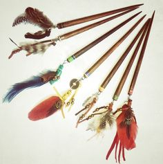 Bohemian hair stick mix of feathers stones charms on wood Bohemian hair stick mix of feather Bohemian Hairstyles, Diy Hairstyles, Pretty Hairstyles, Updo Hairstyle, Dreads, Diy Hair Accessories, Hair Sticks, Hair Jewelry, Jewlery