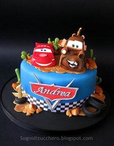 Cars cake, so cool for your sons birthday Disney Cars Cake, Disney Cars Birthday, Cars Birthday Parties, Disney Cakes, Mater Cake, Car Cakes For Boys, Lightning Mcqueen Cake, Lightning Mcqueen Birthday Cake, Rodjendanske Torte