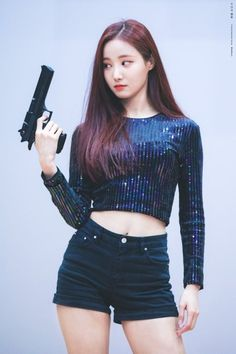 Kpop health and fitness Kpop Girl Groups, Korean Girl Groups, Kpop Girls, Korean Beauty, Asian Beauty, Dancer In The Dark, Tumblr Girls, Beautiful Asian Girls, South Korean Girls