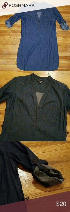 JEAN DRESS MINI Like new Worn once or twice Looks like brand new missing the belt,I lost it Great to wear on it own or with a pair of leggings and boots My Michelle Dresses Mini