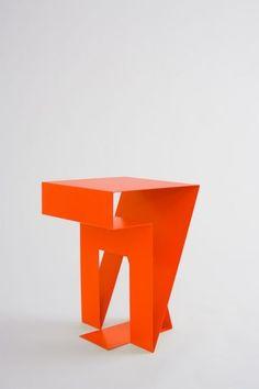"Objekte Unserer Tage ""Neumann"" Side Table"