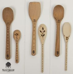 By Chris Wallace for Walnut Hollow I've seen some wood burned spoons on Pinterest and thought it would be fun to make them for Christmas gifts this year. There are so many ideas for wood burning on…