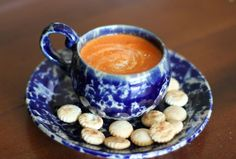 These are great options for a quick fall dinner. Recipes For Soups And Stews, Easy Soup Recipes, Cooking Recipes, Chili Recipes, Fall Recipes, Tomato Bisque Recipe, Tomato Bisque Soup, Healthy Canned Soups, Healthy Dinners