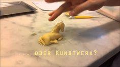http://www.wienerroither.com/#!handwe... Handwerk oder Kunstwerk? Unsere Künstlerin Sancia Semmelrock ist eine Pferdeflüstern. :)  Lebensmittel sind - wie der Name schon sagt - am Leben. Sie sind jedesmal anders zu behandeln, um ein optimales Ergebnis zu erzielen. Und das geht nur mit Know How, viel Zeit und allen Sinnen.