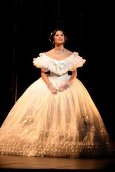 ANNA NETREBKO 1971 as Violetta in ''La Traviata''