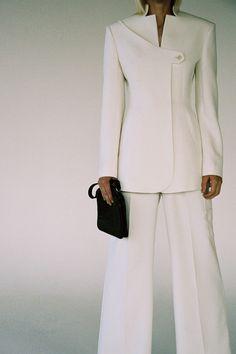 Suit Fashion, Fashion Show, Fashion Outfits, Womens Fashion, Mens Dressing Styles Casual, Fashion Silhouette, Sleeves Designs For Dresses, Elegant Dresses For Women, Stylish Dress Designs