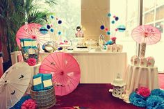 1000 images about eila 39 s party theme japanese tea party for Decoration chambre kokeshi