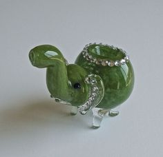 Green Glass Elephant Pipe Accented with Crystal by NorthShoreGlass Bubbler Pipe, Pipes And Bongs, Elephant Family, Rhinestone Bow, Glass Pipes, Elephants, Cannabis, Weed, Smoking