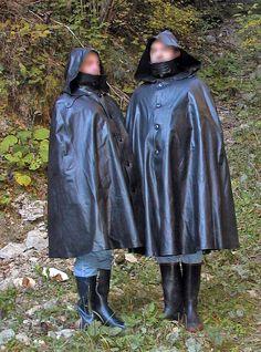 Rain Cape, Rain Wear, Capes, Raincoat, How To Wear, Women, Fashion, Natural Rubber, Rain Fashion