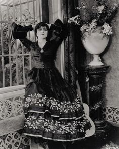 Portrait of Theda Bara, 1910's