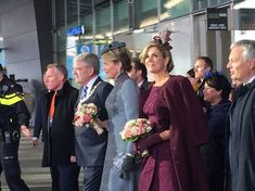 Queen Mathilde of Belgium and Queen Maxima of The Netherlands visited the Utrecht Central Station in province of Utrecht during on last day of the 3 day official state visit to the Netherlands on November 30, 2016. Belgian Queen Mathilde wore a gray outfit by Esmeralda Ammoun, a Belgian designer with roots in Lebanon. Dutch Queen Maxima's dress by Natan