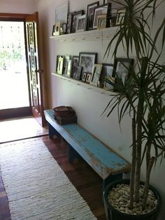 I have had many different thoughts of wat to do with my entry way..and i think i might just do this