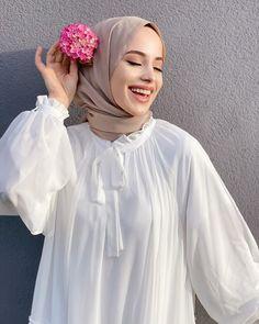Hijab Fashion Summer, Modest Fashion Hijab, Modern Hijab Fashion, Casual Hijab Outfit, Hijab Fashion Inspiration, Hijab Chic, Muslim Fashion, Hijabi Girl, Girl Hijab