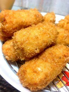カニクリームコロッケ❤やっぱり美味しい - 10件のもぐもぐ - カニクリームコロッケ by hitoko