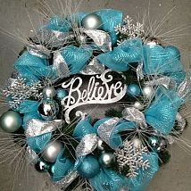 Christmas Wreath. Would be really pretty with green ribbon with red and gold ornaments