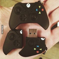 Xbox One USB Stick,this is so cool Usb Drive, Usb Flash Drive, Manette Xbox One, Xbox 360 Console, Usb Stick, Accessoires Iphone, Xbox Controller, Gamer Gifts, Xbox Games