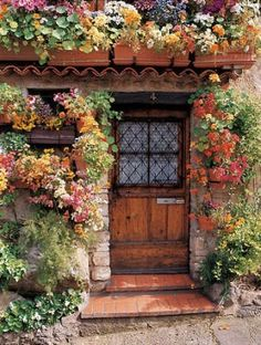 Flower cottage in Antibes (Provence), France. Photo by Dennis Barloga.ANTIBES is heaven on earth!