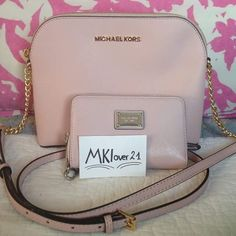 """Michael kors Cindy large dome crossbody SET Bark patent leather Adjustable crossbody strap with 24""""-26"""" drop Top zip closure Exterior features gold- or silver-tone hardware and signature lettering Interior features 1 slip pocket and 1 zip pocket 9-1/2"""" W x 5-1/4"""" H x 2-1/4"""" D. MATCHING WALLET IS INCLUDED!! Michael Kors Bags Crossbody Bags"""