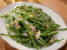 Green Beans with Toasted Almonds: A quick and easy side for the big day. Courtesy of Laura Calder, French food at Home, The Food Network. Green Bean Salads, Green Bean Recipes, Best Side Dishes, Veggie Side Dishes, Chefs, Almond Recipes, Healthy Recipes, Healthy Meals, Healthy Food