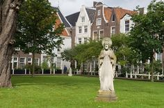 The secret medieval court behind the city | 20 Things Amsterdammers Love About Amsterdam