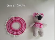 This Koala stands 18.5 cm tall. Made with 4 ply cotton yarn. Free Crochet Pattern