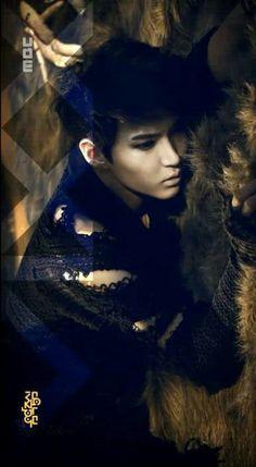 Leo ( TaekWoon ) ♡ #VIXX - Voodoo MV . o--o--o--tokaji ... he's too HOT !! lol