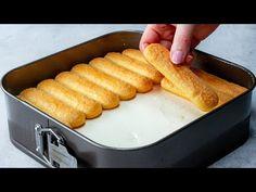 Nu vei manca 1 ci 3 felii din acest tort si, vei renunta definitiv la cuptor! E fabulos! | SavurosTV - YouTube Dessert Party, Cold Desserts, Profiteroles, Flan, Cake Cookies, No Bake Cake, Hot Dog Buns, Baking Recipes, Cheesecake