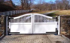 Optimizing your driveway entrance with ornamental gates!