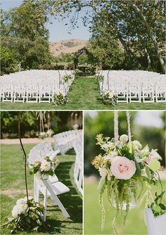 Arroyo Trabuco Golf Club //  floral wedding ceremony decor @weddingchicks