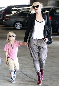 Gwen Stefani and son Zuma kept out the sunshine heading into a Beverly Hills doctors office April 12.