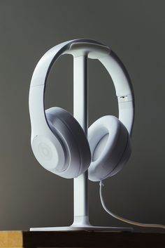 Posto is the perfect place for your headphones to call home.