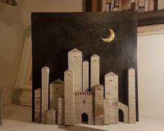 Lavorazioni artigianali - Shop Online Pantani Arte San Gimignano, Toscana Diy Home Crafts, Wood Crafts, Ramadan Activities, Driftwood Art, Wooden Decor, Handmade Decorations, Little Houses, Craft Patterns, Interior Styling