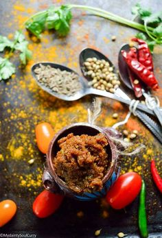 Indian basic curry paste in three easy steps and you will have the curry paste to whip up a comforting curry whenever you crave for some. Vegan Dahl Recipe, Best Vegan Curry Recipe, Curry Recipes, Vegan Indian Recipes, Vegan Recipes, Free Recipes, Indian Curry Paste Recipe, Best Curry, Vegetarian Curry
