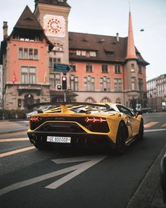 "Luxury Cars Bugatti Expensive Bentley 4 Door Tesla Maserati Ferrari Audi Cadillac Lamborghini Porsche 👉 Get Your FREE Guide ""The Best Ways To Make Money Online"" Exotic Sports Cars, Exotic Cars, Super Sport Cars, Super Cars, Maserati, Lamborghini Huracan, Ferrari, Bugatti Cars, Street Racing"