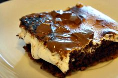 Ooey gooey smore brownies