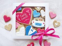 Ciasteczka na prezent dla świadków lub rodziców jako podziękowanie na ślubie :)  Ciasteczka dostępne w butiku online Madame Allure!
