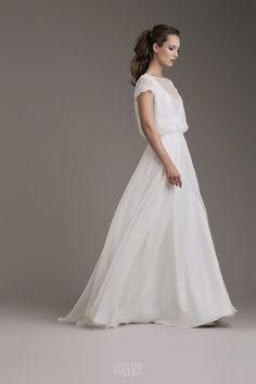 8e60d3864a4c Guida rapida al tessuto migliore per l abito da sposa