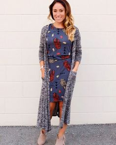 Majestic 60 LuLaRoe Outfit Ideas https://fazhion.co/2017/03/27/60-lularoe-outfit-ideas/ Tunics are created with leggings in mind. A blouse and pants by way of example will cause you to look short unless... 1). If your black dress has lots...