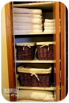 Makin It Clean Monday: Linen Closet Organization | best stuff