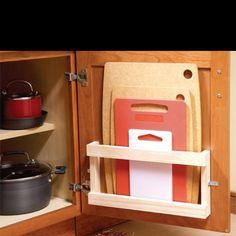 Cutting board holder