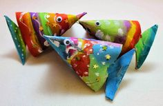 Basteln mit Toilettenpapierrollen (C O R A M O), Paper Mache Crafts, Toilet Paper Roll Crafts, Diy And Crafts Sewing, Arts And Crafts, Crafts For Teens, Diy For Kids, Sea Crafts, Recycled Art, Summer Crafts