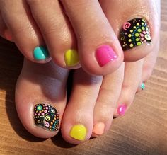 Nails by Amy Masters by from Nail Art Gallery Cute Toe Nails, Cute Nail Art, Pretty Nails, Pedicure Designs, Toe Nail Designs, Feet Nails, Toenails, Nails Only, Girls Nails