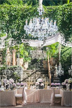 stunning wedding look by Lady Liberty Events #ladylibertyevents #weddingdesign #weddingchicks http://www.weddingchicks.com/2014/03/20/lady-liberty-events/