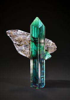 Turmalina com quartzo - Minas Gerais, Brasil