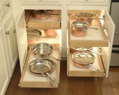 pull out and light it up! Contemporary Kitchen Design, Pictures, Remodel, Decor and Ideas - page 13