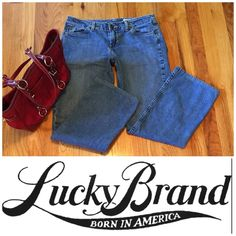 """🍀 Lucky Brand 🍀  Jeans Great condition!!!  Sorry but firm on this price. Great deal!!!   Length is 28"""" Lucky Brand Jeans"""